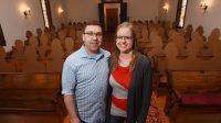 Gara-gara Corona, Karton Bungkus Makanan Pun Disulap Jadi Tamu Undangan Pesta Pernikahan