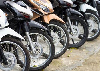 Gubernur Khofifah Minta Leasing Bantu Debitur Terdampak Corona