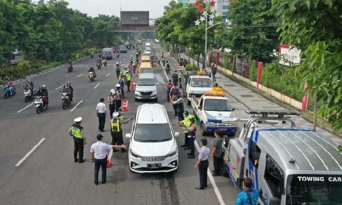Pemkot Kembali Buka Posko Sterilisasi di Pintu Masuk Surabaya