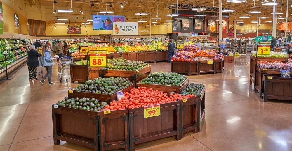 Supermarket Didominasi Buah dan Sayuran Segar