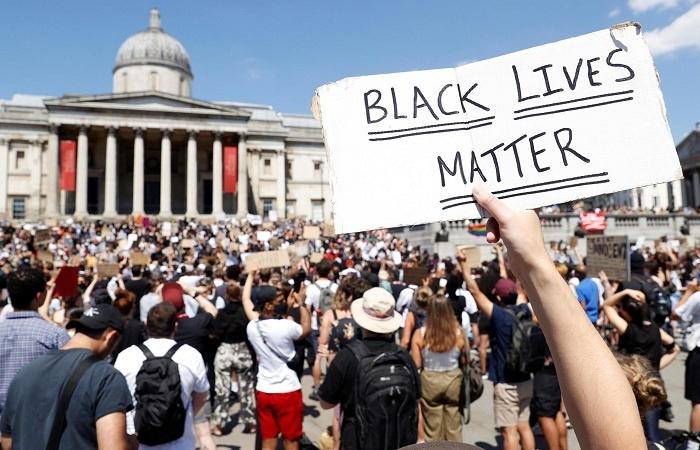 Unjuk Rasa Kecam Aksi Brutal Polisi di AS Merembet ke Berbagai Negara