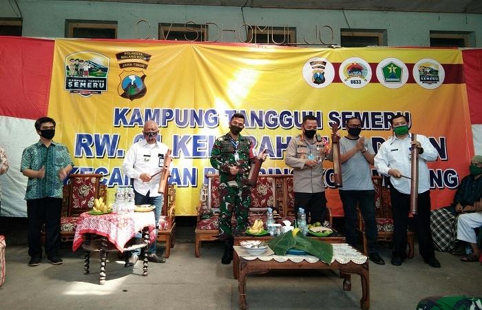 Peresmian Kampung Tangguh Semeru dengan Pemukulan Kentongan Bersama