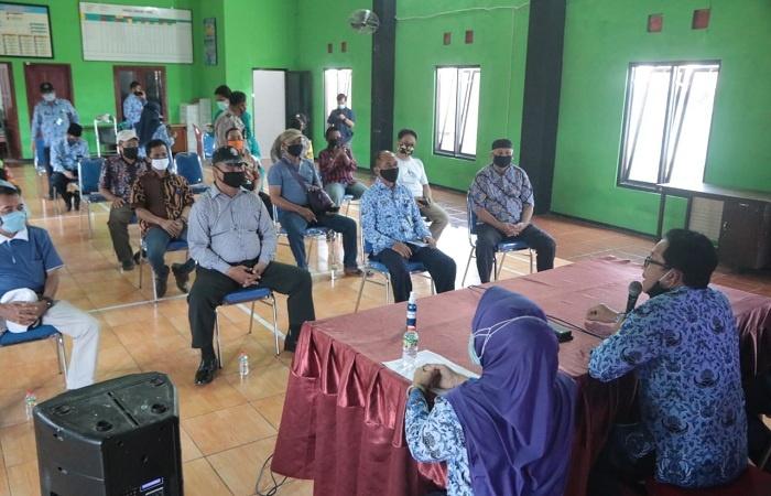 Walikota Sutiaji Gelar Rakor Bersama Ketua RW Se-Kelurahan Mergosono