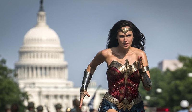 Wonder Woman 1984 Diundur Natal