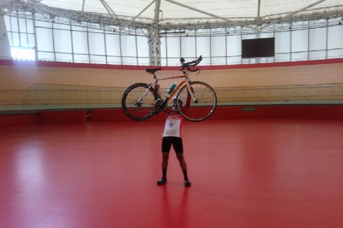 Akhirnya Finish di Jakarta International Velodrome