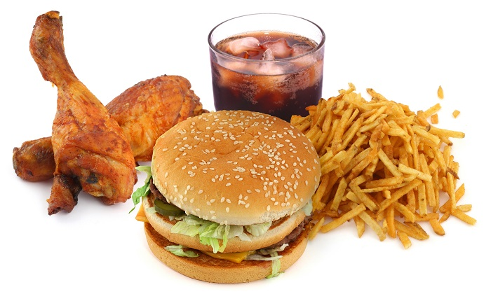 Minuman manis & junk food