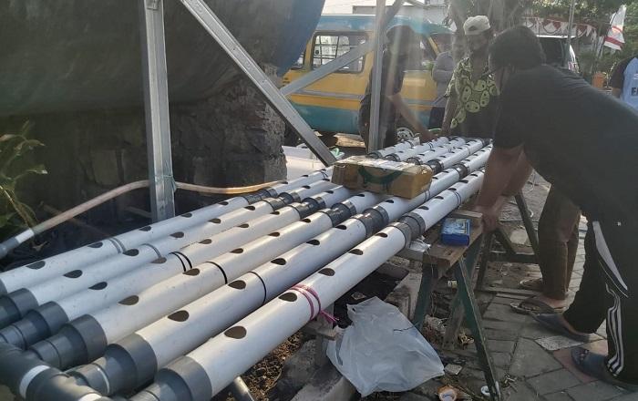 ITS Sosialisasikan Metode Hidroponik Termutakhir untuk Warga Keputih Surabaya