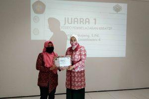 Guru SDN Lowokwaru 4 Kota Malang Juarai Lomba Video Pembelajaran Kreatif Online