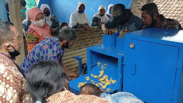 Demo mesin pengering & pemotong porang