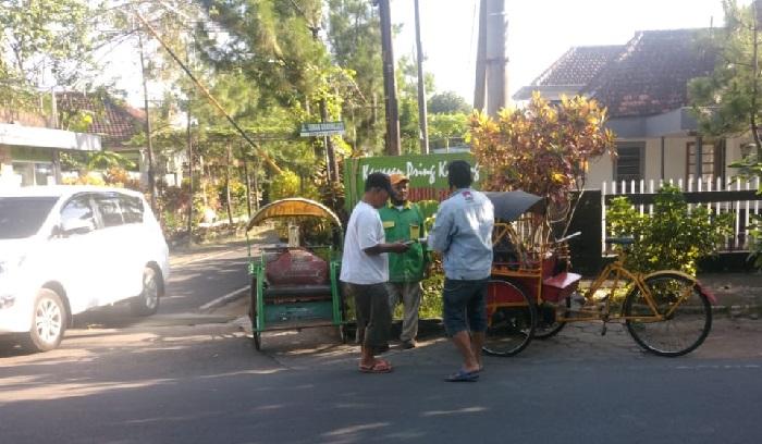Bagi-Bagi Nasbung Ika Rolas 88 Kembali Sambangi Malang