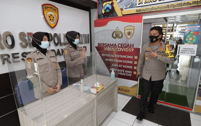 Kunjungi Satuan Kerja, Kapolda Jatim Tekankan Penerapan Protokol Kesehatan dalam Pelayanan Masyarakat