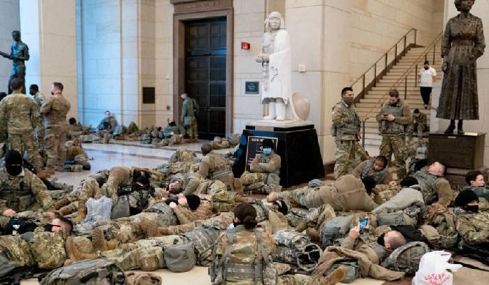 Jelang Pelantikan Joe Biden, Garda Nasional AS Bermalam di Gedung Capitol