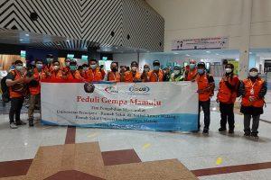 Bantu Korban Gempa Mamuju, 21 Nakes UB-RSSA Diberangkatkan