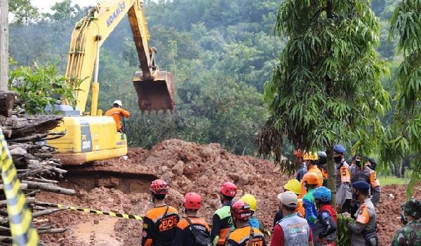 Pandangan Peneliti Bencana ITS Soal Pemicu Longsor Nganjuk