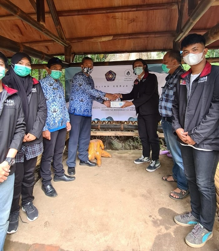 Respon positif pada kegiatan mahasiwa UMM di Desa Toyomarto