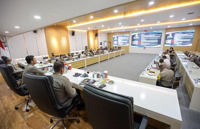 Tindak Lanjuti Commander Wish Kapolri, Kapolda Jatim Kumpulkan Pejabat Utama Polda dan Kapolres Jajaran Polda Jatim