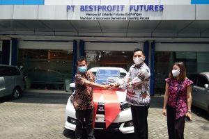 Apresiasi Nasabah Setia, BPF Malang Hadiahkan Satu Unit Mobil