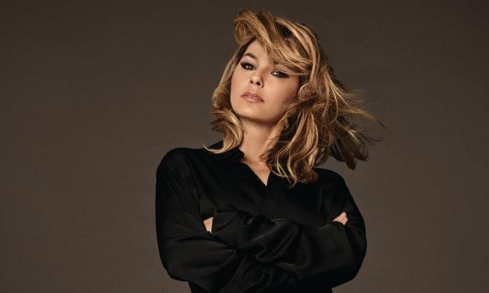 Shania Twain Bakal Rilis Album Baru Natal Tahun Ini