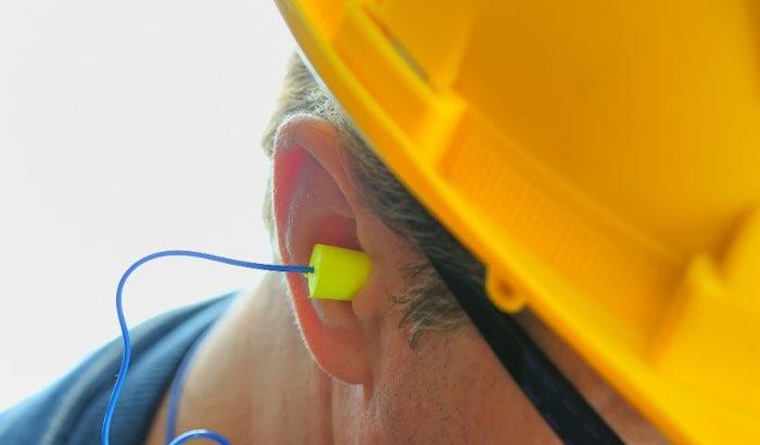 Alat pelindung pendengaran