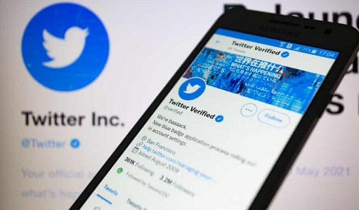 "Twitter Resmi Rilis Layanan Berbayar Baru ""Twitter Blue"""