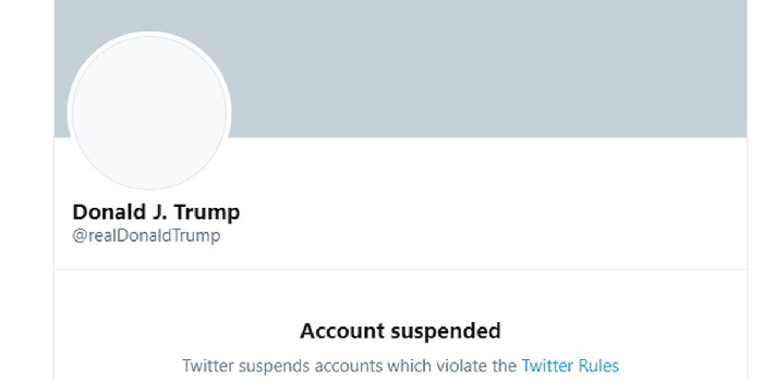 Akun Trump diblokir Twitter