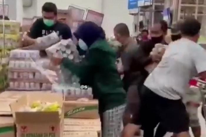 Panic buying membeli susu beruang