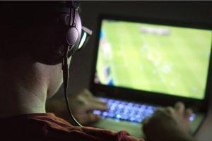 Kecanduan Game Komputer, Epidemik yang Diam-Diam Mengancam Kalangan Pesepakbola