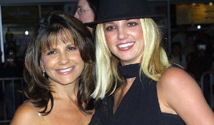 Ibunda Britney Spears Ajukan Petisi Agar Sang Putri Dapat Memilih Pengacaranya Sendiri