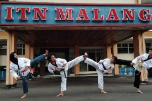 Ikuti Kejuaraan Bandung Internasional E-Poomsae Tournament 2021, Atlet Taekwondo ITN Malang Boyong 6 Medali