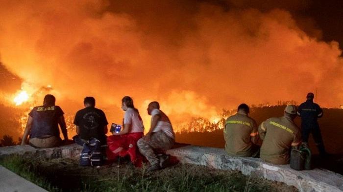 Kebakaran menimbulkan kerugian harta benda yang sangat besar