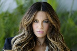 Cedera Punggung, Kate Beckinsale Dilarikan ke RS di Las Vegas