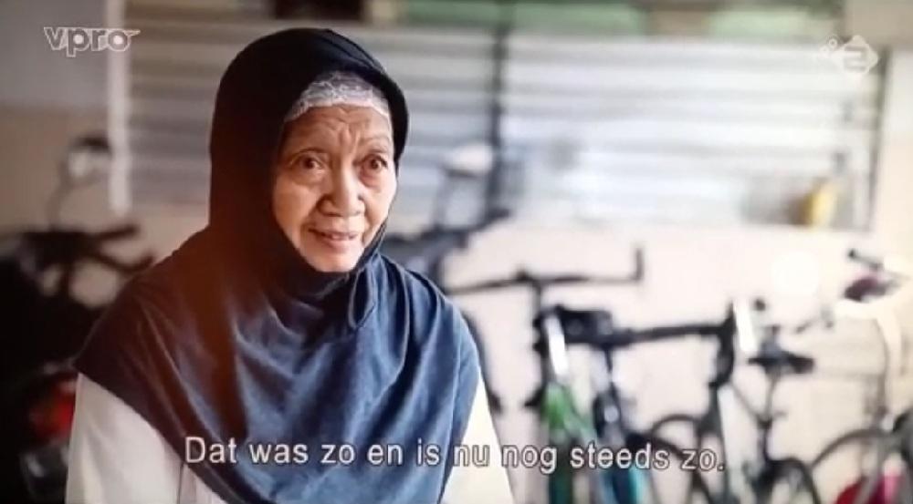 Asmani, Istri Tarwi