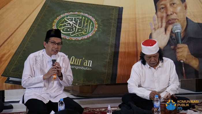 Rektor ITS dan Emha Ainun Nadjib