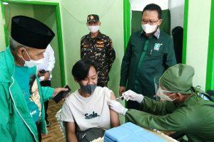 Dukung Percepatan Vaksinasi, Gus Ali Gelontorkan 8.000 Vaksin untuk Malang Raya