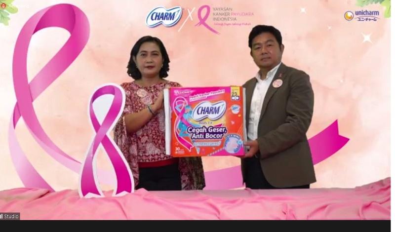Produk Uni Charm untuk peringatan Hari Kanker Payudara