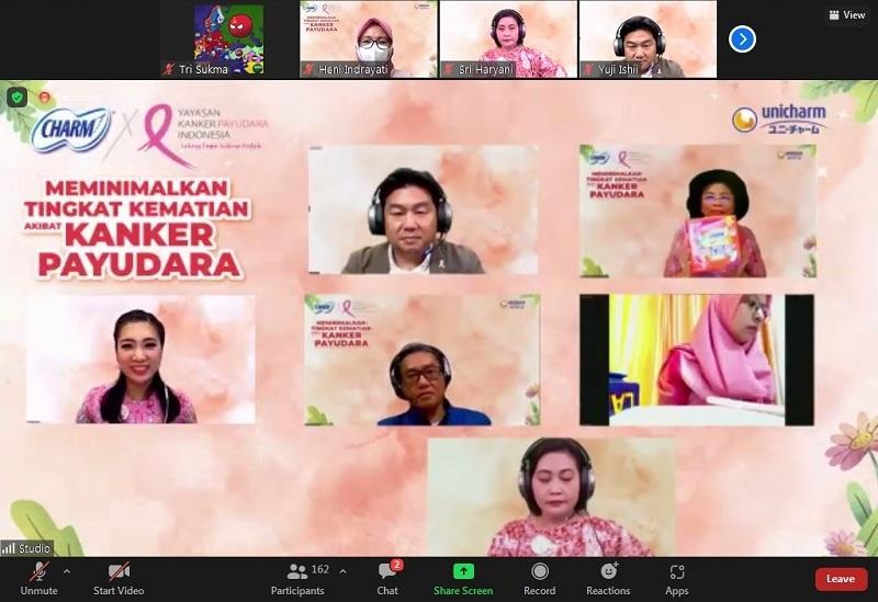 Linda Agum Gumelar mendukung gerakan SADARI