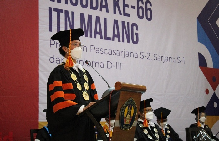 Wisuda ke-66 Periode II, Rektor ITN Ajak Wisudawan Untuk Tidak Berhenti Belajar